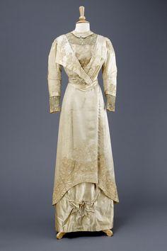 Wedding dress 1911