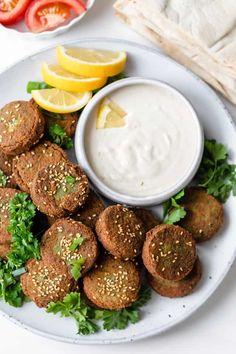 Lebanese Falafel Recipe, Lebanese Recipes, Vegan Recipes, Lebanese Tabbouleh, Quinoa Burger, Bean Burger, Middle Eastern Dishes, Tahini Sauce, Vegetarian