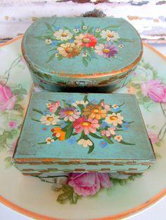 Two European Antique Early 20c Victorian Floral by Holliezhobbiez, $45.00