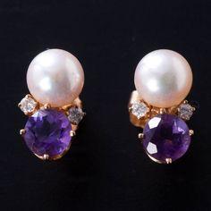 Tiffany Earrings . 14k Gold
