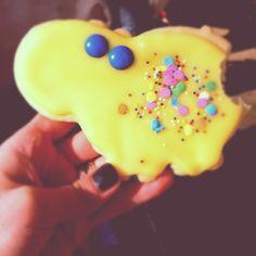 Such cute sugar cookies.