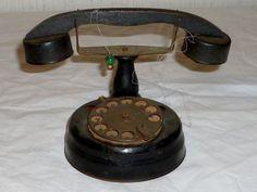 Altes Puppen Telefon Puppentelefon Puppenküche Kindertelefon Puppe Telephone RAR