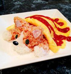 オムライス / omuraisu (a dish of tomato-flavored fried rice wrapped with a round thin omlet) Cute Food, Good Food, Yummy Food, Cute Bento, Bento Recipes, Cute Desserts, Food Humor, Cookies Et Biscuits, Creative Food