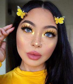 Yellow Eye Makeup, Colorful Eye Makeup, Yellow Eyeshadow, Peach Makeup Look, Makeup Trends, Makeup Ideas, Makeup Tips, Makeup Goals, Makeup Tutorials