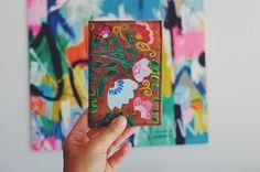 """165 Me gusta, 7 comentarios - Mariana Carletti Fotografa (@marianacarletti) en Instagram: """"La funda de mi pasaporte fué mi primer encargo a @marianaayraudoarte cuando aún no eramos amigas…"""""""
