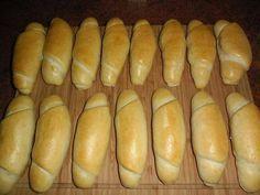 Pravé české rohlíky recept | iRecept.cz Bread Recipes, Cooking Recipes, Good Food, Yummy Food, Czech Recipes, Bread And Pastries, International Recipes, Food Design, No Cook Meals