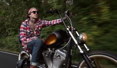 Video: Yelawolf – Whiskey In A Bottle