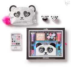 Tween Girl Beauty Products – Hair, Body, & Makeup Just Shine kits and sparkly accessories in bear-y cute packaging? It's pure panda-monium! Justice School Supplies, Cute School Supplies, Kids Makeup, Cute Makeup, Justice Accessories, Doll Accessories, Justice Makeup, Makeup Kit, Makeup Products