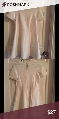 NWT River Island Cream Fitted Skater Dress 6 Brand New. Size 6. Fitted. Cream River Island Dresses