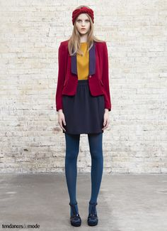 ans i want this as well. Quirky Fashion, Colorful Fashion, Love Fashion, Retro Fashion, Fashion Outfits, Womens Fashion, Fashion Design, Colored Tights Outfit, Blue Tights