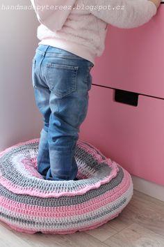 Booster seat, soft, pink, girls, supplement, children's room ... DIY ...