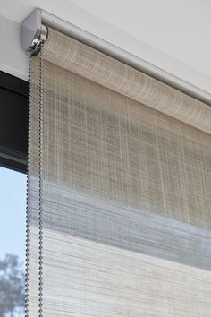 Home Curtains, Modern Curtains, Curtains With Blinds, Home Room Design, Home Interior Design, Interior Decorating, House Blinds, Blinds For Windows, Roller Shades