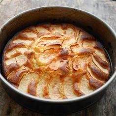 Gâteau gourmand pommes et crème fraîche - Recettes de cuisine | marciatack.fr
