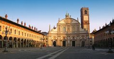 Undiscovered gem in Northern Italy:  Piazza Ducale, Vigevano, Lombardy, Italy  #monogramsvacation