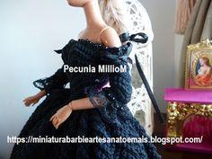 Vestido de Época em Crochê Para Boneca Barbie - Sra. Inglesa do Séc. XVIII Por Pecunia MillioM blusa manga