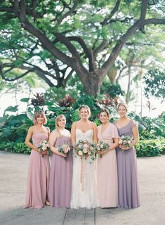 We've officially stepped into a tropical paradise with this gorgeous outdoor Hawaiian wedding in Maui. Olowalu Plantation House set the stage for a tropical soirée filled with romantic blush roses and fresh coconuts. Pop on over to for all the deets! Bridesmaid Inspiration, Wedding Inspiration, Wedding Ideas, Wedding Vendors, Wedding Gowns, Patterned Bridesmaid Dresses, Maui Weddings, Coconuts, Tulle Dress