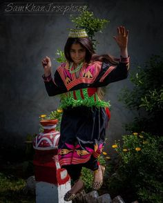 Make photoshoots fun! Capture the essence of your model.  #london #travel #londonlife #pakistan #foodie #londoner #traveltheworld #traveldiaries #peshawar #hackney #shoreditch #travelblogger #islamabad #lahore #karachi #hunza #pashtun #adventure #mountains #forest #hike #hills #lake #rabab #pashto #chitral #nomad #childmodel