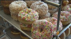 Gourmet Doughnut Worth Its Weight In Gold « CBS Los Angeles - News, Sports, Weather, Traffic and the Best of LA/OC
