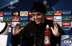 El defensa del PSG David Luiz salió a la rueda de prensa previa al encuentro que enfrenta el Paris Saint-Germain frente al Shakhtar Donestk. En dicha comparecencia, el jugador brasileño analiza a su rival, al gran momento de forma que