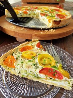 Zucchini-Tomaten-Tarte :: Bella-cooks-and-travels Healthy Breakfast Recipes, Vegetarian Recipes, Healthy Recipes, Easy Salad Recipes, Tart Recipes, Quiches, Salty Foods, New Cooking, Eat Smart