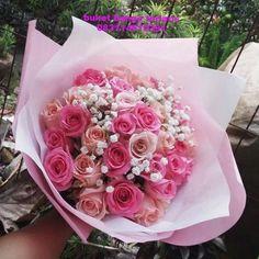 buket bunga hadiah ultah atau wisuda. 083114610391. buruan order buat kekasih MU.  #wisudaits #wisudaub #wisudaup #wisudasolo #wisudajogja #wisuda2017 #wisudaunair #wisudaunpad #wisudaundip #wisudauph #wisudaubaya #sinetronlawas #sinetronreformasi #sinetron_indonesia