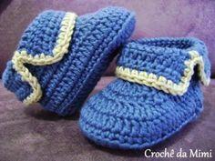 sapatinho croche 300x225 Sapatinho de Bebê Azul Feito de Crochê   Dicas de Modelos e Vídeo de Como Fazer