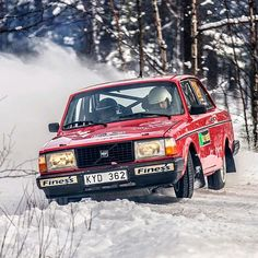 Hakan Lindh in a 240 at Rally Sweden Historic 2013. Photo by Jens Karlsson