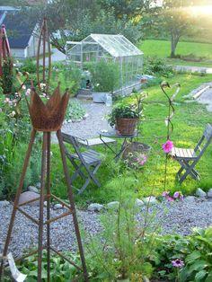 Bird, Outdoor Decor, Plants, Home Decor, Decoration Home, Room Decor, Birds, Plant, Home Interior Design