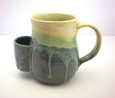 Isn't the pocket mug idea cute; need to find ...can think of others that would enjoy as well.