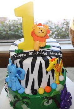 "Photo 1 of 36: Jungle Safari / Birthday ""Brady's 1st Birthday Party""   Catch My Party"