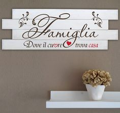 Chabby Chic, Shabby Chic Decor, Pam Pam, Italian Home Decor, Shabby Home, Cricut Fonts, Wood Glass, Hello Beautiful, Family Quotes