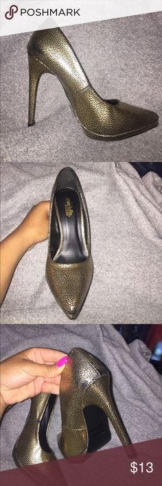 Gold heels by Charlotte Russe (style: Virtue) Pointy gold shoes by Charlotte Russe. Gently Worn and loved twice. Sure to add a bit of shine to any style! Comes with box too🤗📦 Charlotte Russe Shoes Heels