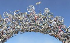 A bike sculpture, HOW COOL is that?