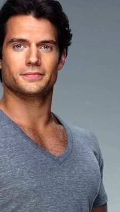 Henry Cavill- The new Superman Pretty People, Beautiful People, Henry Caville, Pose, Attractive Men, Good Looking Men, Clark Kent, Gorgeous Men, Celebrity Crush