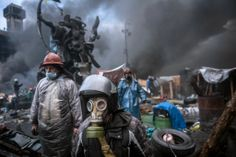 Kiev's Brief Truce Shatters in Bursts of Gunfire - NYTimes.com
