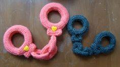 Roving Around Crafts: Amigurumi Free Pattern: Crocheted Handcuffs! Cute Crochet, Crochet For Kids, Crochet Baby, Knit Crochet, Chrochet, Crochet Halloween Costume, Halloween Costumes, Crochet Photo Props, Crochet Patterns Amigurumi