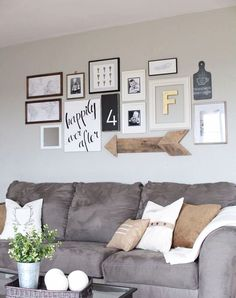 Living room gallery walls layout and design ideas to DIY
