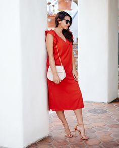 This little red dres