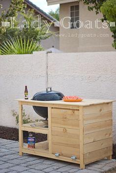 ladygaots-kettle-grill-table.jpg 1.004×1.500 pixels