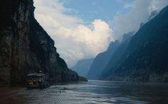 Erkunden Sie China durch eine China Rundreise mit Yangtze Kreuzfahrt. Sie werden die wunderschöne Flusslandschaft sowie den atemberaubenden Drei- Schluchten- Staudamm bewundern.
