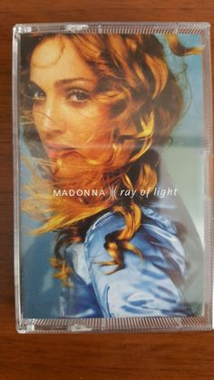 Madonna Ray Of Ligth CASS No Country 9362-46847-4  Rebel Heart