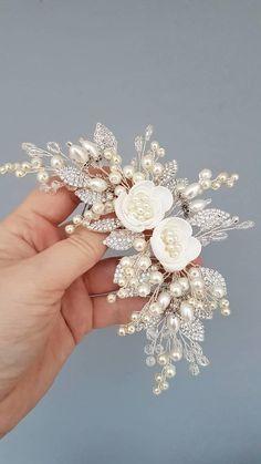 Ivory Pearl Bridal hair comb Ivory Bridal headpiece Bridal