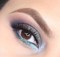 This 'Mermaid Like' look by Astrid Lam is unforgettable. She used Makeup Geek pigments in Insomnia and Afterglow.