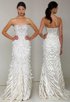 monique-lhuillier-wedding-dress-gown-2011