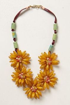 Blossomed Garland Necklace - anthropologie.eu