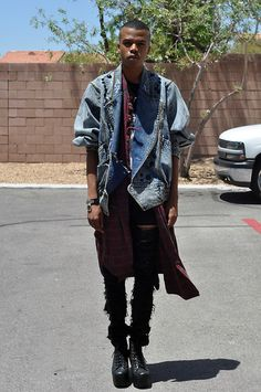 Men n Litas Flannel Fashion, Fashion Socks, Mens Fashion, Oversized Denim Jacket, Tye Dye, Diy Shirt, Jeffrey Campbell, Blazer Jacket, Kimono Top