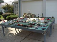 Track Layout Ideas for Your Model Train Lionel Trains Layout, Hobby Trains, Standard Gauge, Small Shelves, Model Train Layouts, Can Design, Classic Toys, Model Trains, Scale Models