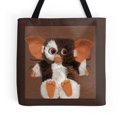 Carry all your stuff in this Gizmo mogwai tote bag. Perfect for books and  magazines 25bd67be283c9