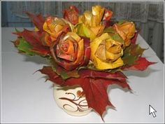 Gorgeous maple leaf roses...the site is Russian, but the step-by-step photos make this an easy project to duplicate!!