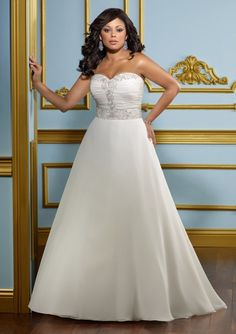 Delicate Chiffon Sweetheart Embroidered Bodice Plus Size Wedding Dress ML3117